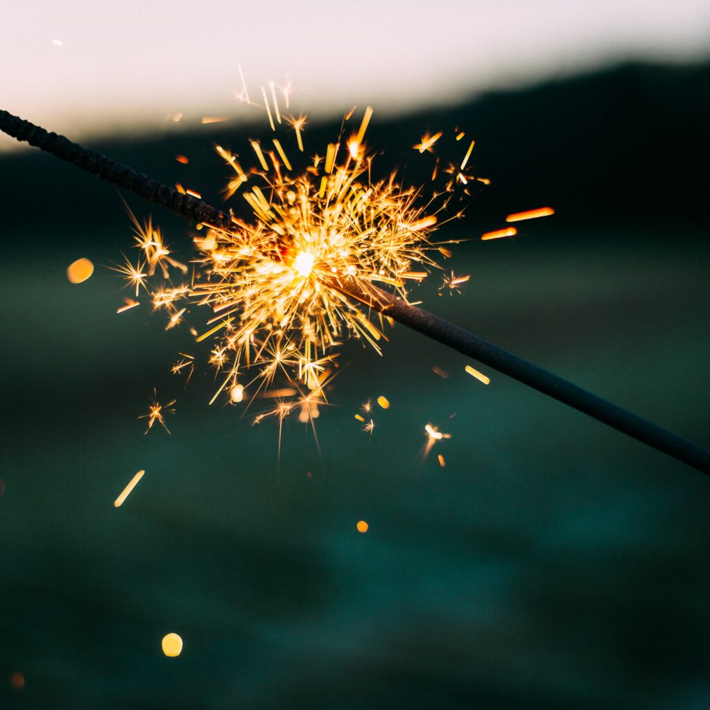 golden-crackler-firework-stick